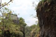 Un étroit canyon mène au sommet d'El Tepozteco... (Photo Alexis Gacon, collaboration spéciale) - image 2.0