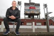 Adam Lyon, pilote rerue écossais de 26 ans.... - image 1.0