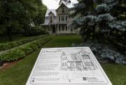 La maison Lauriault figure dans le Parcours historique... (PHOTO HUGO-SÉBASTIENAUBERT, LA PRESSE) - image 2.0