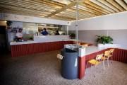 L'aménagement plutôt minimaliste mais résolument moderne est signé... (Photo Olivier Jean, archives La Presse) - image 3.0