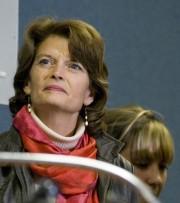 Lisa Murkowski... (AFP) - image 3.0