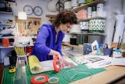 Jenny San Martin, qui fabrique des coussins et... (Photo Alain Roberge, La Presse) - image 1.0