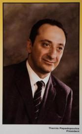 Themis Papadopoulos vers 2004. La photo ornait une... - image 1.0
