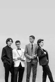 Thomas Delorme, à droite, et trois de ses... (Photo fournie par Julie Perreault Photographe) - image 6.0