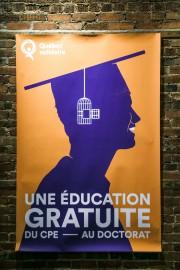 Cette affiche illustre la promesse de QS lors... (Photo Martin Tremblay, La Presse) - image 1.0
