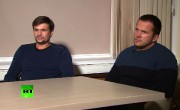 Rouslan Bochirov et Alexandre Petrov ont accordé une... (AFP) - image 2.0