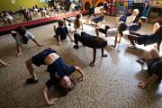 À l'école Saint-Octave, les élèves apprennent à danser... (Photo Patrick Sanfaçon, La Presse) - image 3.0
