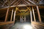 Entrer à l'intérieur de la grange Stanley-Holmes permet... (Photo David Boily, La Presse) - image 3.0