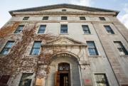 Le centre Morrin, à Québec, est en fait... (PHOTO OLIVIER PONTBRIAND, ARCHIVES LA PRESSE) - image 2.0