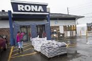 Le Rona du boulevard Sainte-Rose à Laval.... (Photo PATRICK SANFAÇON, LA PRESSE) - image 2.1