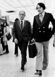 Bernard Landry (à droite) avec René Lévesque en... (Photo Pierre McCann, archives La Presse) - image 4.0