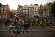 Amsterdam peut très bien se visiter en autonomie... (PhotoIlvy Njiokiktjien, archives The New York Times) - image 2.0