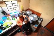 Pilar et Laura Figuera dans le refuge qu'elles... (Photo Oliver Schmieg, collaboration spéciale) - image 4.0