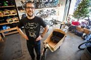 Étienne Roy-Corbeil, copropriétaire de Dumoulin Bicyclettes, a choisi... (Photo Patrick Sanfaçon, archives La Presse) - image 2.0