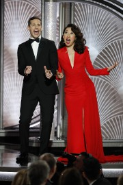 Andy Samberg et Sandra Oh.... (REUTERS) - image 2.0