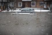 L'eau s'est accumulée sur la rue Pie-IX, près... (PATRICK SANFAÇON, LA PRESSE) - image 2.0