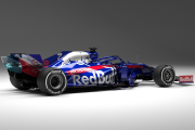 Toro Rosso, l'écurie soeur de Red Bull en Formule 1, a présenté lundi sa... - image 3.0