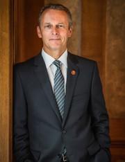 Le sénateur conservateur David Wells... (photo tirée du site du Sénat du Canada) - image 10.0