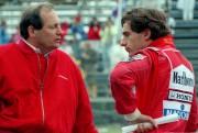 Ron Dennis, le patron de McLaren, discute avec... (PHOTO BERNARD BRAULT, LA PRESSE) - image 8.0