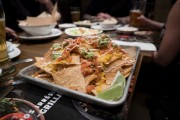 Les nachos de St-Hubert... (PHOTO OLIVIER JEAN, LA PRESSE) - image 5.0