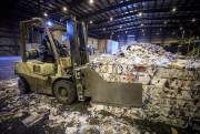 Le centre de tri des matières recyclables d'Halifax... (PHOTO OLIVIER PONTBRIAND, LA PRESSE) - image 7.0