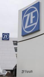 L'équipementier automobile allemand ZF Friedrichshafen, qui possède la... (PHOTO THOMAS KIENZLE, AFP) - image 2.0