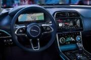 L'intérieur de la Jaguar XE 2019.... (PHOTO JAGUAR- LAND ROVER) - image 3.0