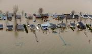 Vue aérienne des inondations àSaint-Jean-sur-Richelieu, en 2011... (PHOTOBERNARDBRAULT, ARCHIVES LA PRESSE) - image 7.0