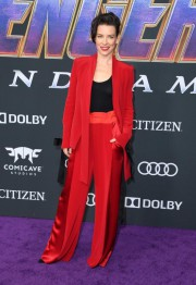 L'actrice canadienne Evangeline Lilly avec sa tenue signée... (PHOTO VALERIE MACON, AGENCE FRANCE-PRESSE) - image 4.0