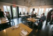 Le restaurant Faux Bergers, à Baie-Saint-Paul... (PHOTO ARCHIVES LA PRESSE) - image 4.0