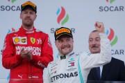 L'Allemand Sebastian Vettel (à g.) a deux fois... (PHOTO MAXIM SHEMETOV, REUTERS) - image 1.0