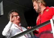 Le PDG de Ferrari Louis Camilleri (à g.),... (PHOTO STEFANO RELLANDINI, REUTERS) - image 2.0