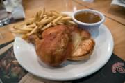 Le poulet de Scores... (PHOTO OLIVIER JEAN, LA PRESSE) - image 4.0