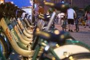 Des vélos Bixi stationnés à un ancrage au... (PHOTO SIMON GIROUX, LA PRESSE) - image 2.0