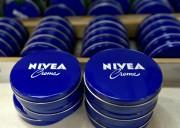 Beiersdorf détient les marques Nivea, Eucerin et La... (PHOTO FABIAN BIMMER, ARCHIVES REUTERS) - image 3.0