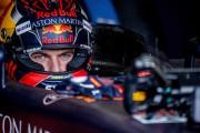 Max Verstappen, au volant de sa Red Bull... (PHOTO ROBIN UTRECHT, AFP) - image 2.0