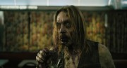 Iggy Pop incarne un zombie dans The Dead Don't... (PHOTO FREDERICK ELMES, FOURNIE PAR FOCUS FEATURES) - image 2.0