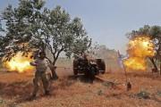 Un combattant syrien du Front national de libération... (PHOTO AFP) - image 2.0