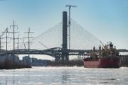 Le nouveau pont Samuel-DeChamplain devrait ouvrir le mois... (PHOTO MARTIN CHAMBERLAND, ARCHIVES LA PRESSE) - image 3.0