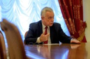 L'ambassadeur russe au Venezuela, Vladimir Zaïomski.... (AFP) - image 3.0