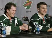 Ryan Suter et Zach Parise lors de leur... (PHOTO JIM MONE, ARCHIVES ASSOCIATED PRESS) - image 4.0