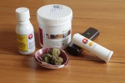 Avec la légalisation du cannabis, les études sur... (PHOTO MARTINCHAMBERLAND, LA PRESSE) - image 3.0