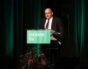 Jason Rezaian accepte un prix lors d'un gala... (AP) - image 3.0