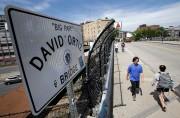 Un pont nommé en l'honneur de David Ortiz... (PHOTO STEVEN SENNE, AP) - image 2.0