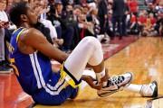 Kevin Durant s'est blessé au deuxième quart.... (PHOTOKYLE TERADA, USA TODAY SPORTS) - image 2.0