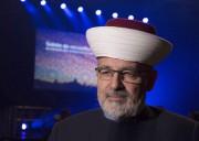 L'imam Hassan Guillet... (PHOTO JACQUES BOISSINOT, ARCHIVES LA PRESSE CANADIENNE) - image 2.0