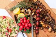 Brochettes végés et salade de millet... (PHOTO EDOUARD PLANTE-FRÉCHETTE, LA PRESSE) - image 6.0