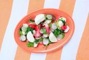 Assiette de radis, fromage frais et pesto de... (PHOTO EDOUARD PLANTE-FRÉCHETTE, LA PRESSE) - image 13.0