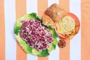 Salade de chou et houmous à l'italienne... (PHOTO EDOUARD PLANTE-FRÉCHETTE, LA PRESSE) - image 16.0