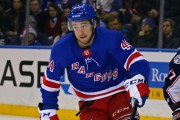 Neal Pionk (44)... (PHOTO DANNY WILD, USA TODAY SPORTS) - image 3.0